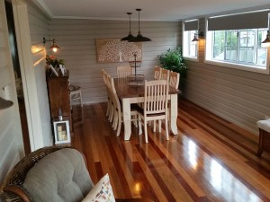 covered-deck-transformed-into-a-dining-room-04