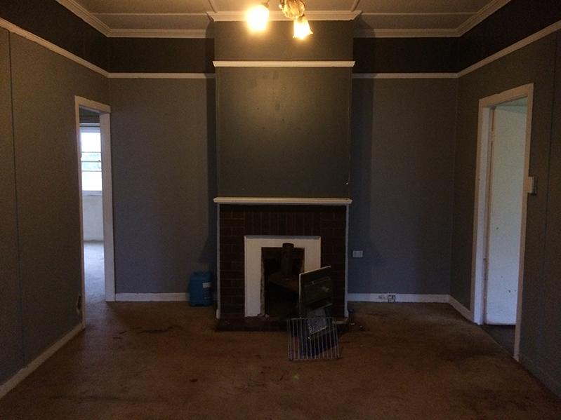 loungeroom renovation before